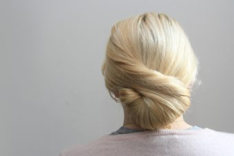 How to do perfect bridesmaid hair in under 3 minutes